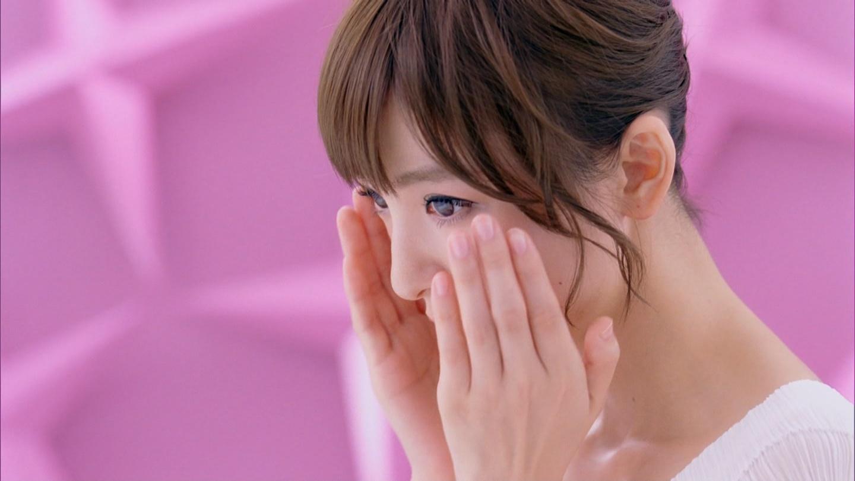 http://tvcap.dip.jp/2012/8/26/120826-0156050271.jpg
